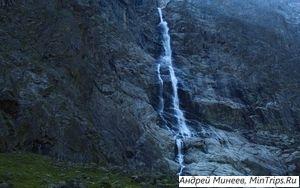 Водопад Большой Зейгалан в Осетии