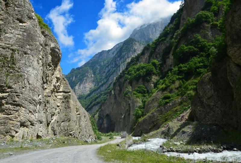 Кармадонское ущелье Осетия